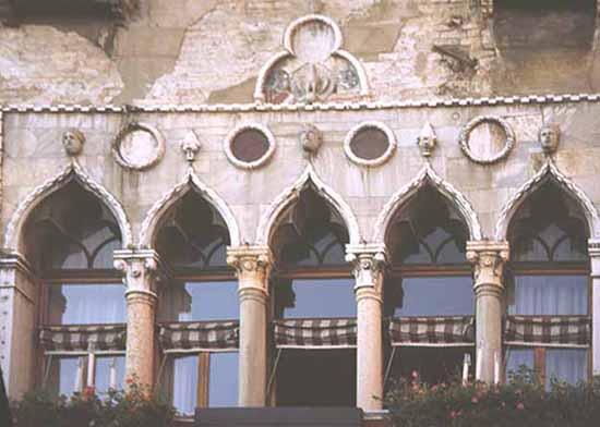 Venetian Gothic 05-32